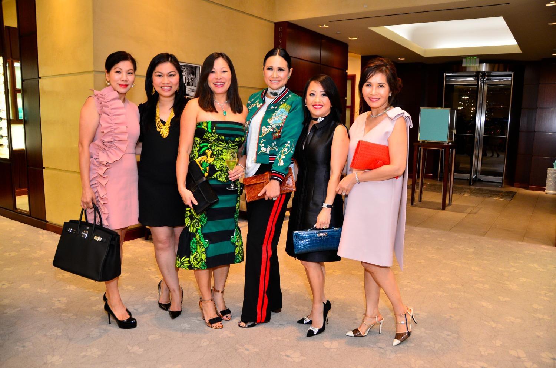Aline Tran, Dane Hoang, Trang Trinh, Katherine Le, Jacqueline Vu, Giao Duong